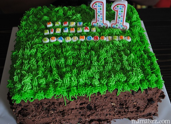 Minecraft-Grass-Block-Birthday-Cake