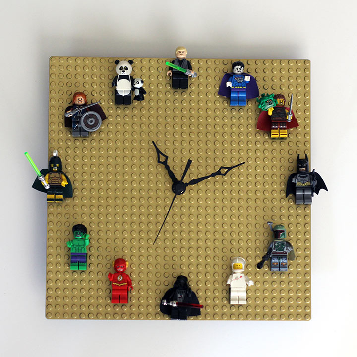 DIY-LEGO-Clock