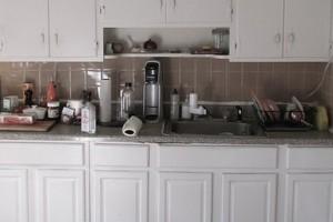 megan_kitchen_makeover_before_1