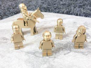 gold-lego-5-768x575